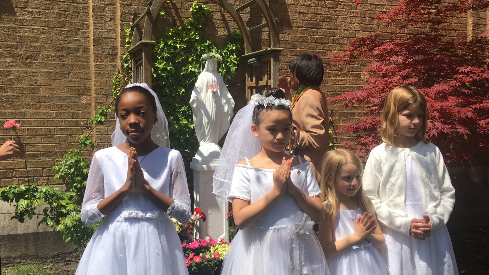 May Crowning 2017 - 013b